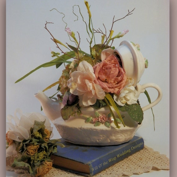 Tea Party Centerpieces: Wedding Flowers Centerpieces Teapot Mad Hatter Tea Party Decor
