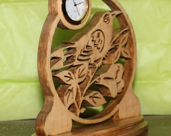 Bird Desk Clock