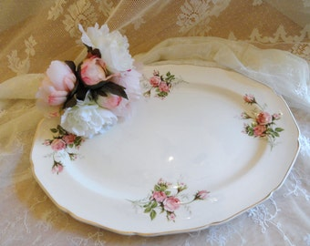 Large OVAL SERVING PLATTER Scattered with Pink Roses and Buds