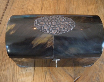 Vintage Horn Domed Top Box