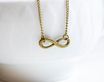 Infinity unendlichkeits chain in bronze