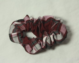 JC104 Plaid Scrunchie