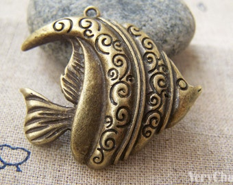 6 pcs of Antique Bronze Tropical Fish Charms Pendants 32x37mm A1464