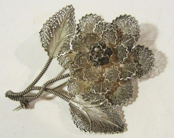 Vintage sterling silver Filigree pin brooch
