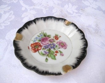 Ladies ashtray, Small ceramic ashtray, shabby floral ashtray, 50s victorian ashtray