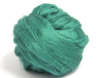 Green Dyed Bamboo Top / Roving - Spinning Fibre / Fiber - Felting