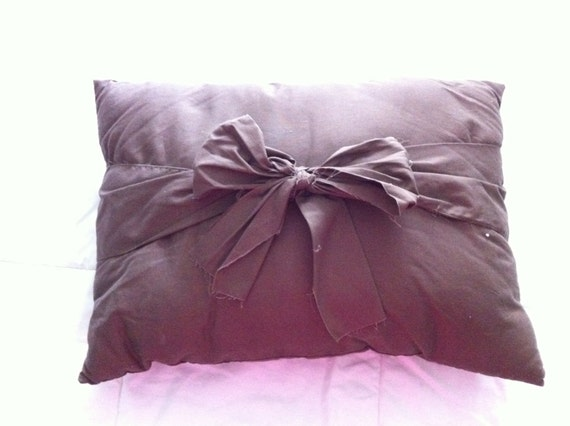 Throw Pillow With Bow : Items similar to Big Bow Throw Pillow on Etsy