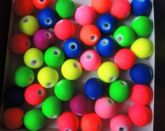 50Pcs  Mixed Neon color  rubberized Acrylic Beads -10mm (S012)