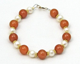 Elegant pearl and orange aventurine bracelet, beaded bracelet, elegant pearl bracelet, grandma or mom christmas gift, hanukkah gift