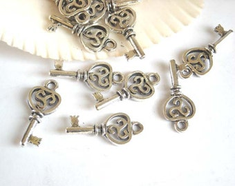 5 Silver Color Key Charms Jewelry Findings SCKC23MM-5BCC
