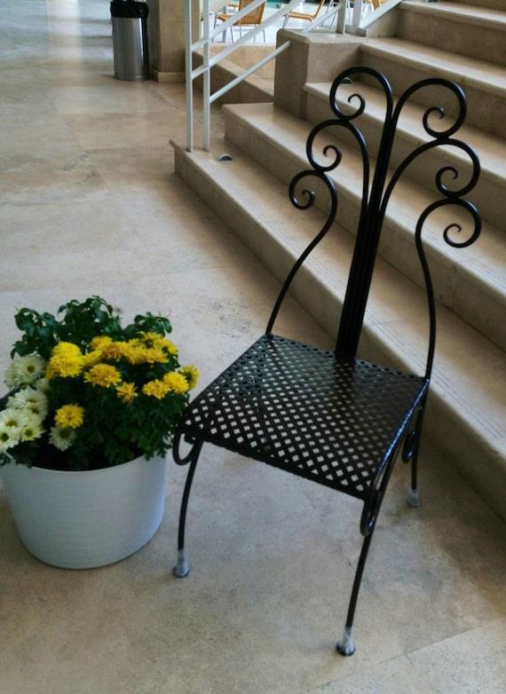 Silla modelo gabilondo de hierro forjado a mano en fragua for Modelos de sillas de hierro