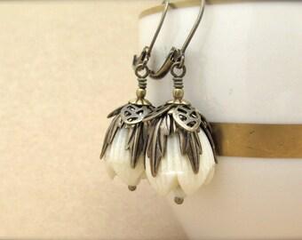 Bohemian Earrings, Ecru Lucite Earrings, Vintage Bead Earrings, Bridesmaid Gift, Vintage Lucite Flower Neo Victorian Hawaii Wedding Jewelry