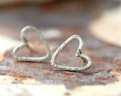 Heart Studs, Wire Earrings, Post Earrings, Metalwork Studs, Hammered Silver Hearts, Wire Heart Earrings, Simple Earrings, Dainty Studs