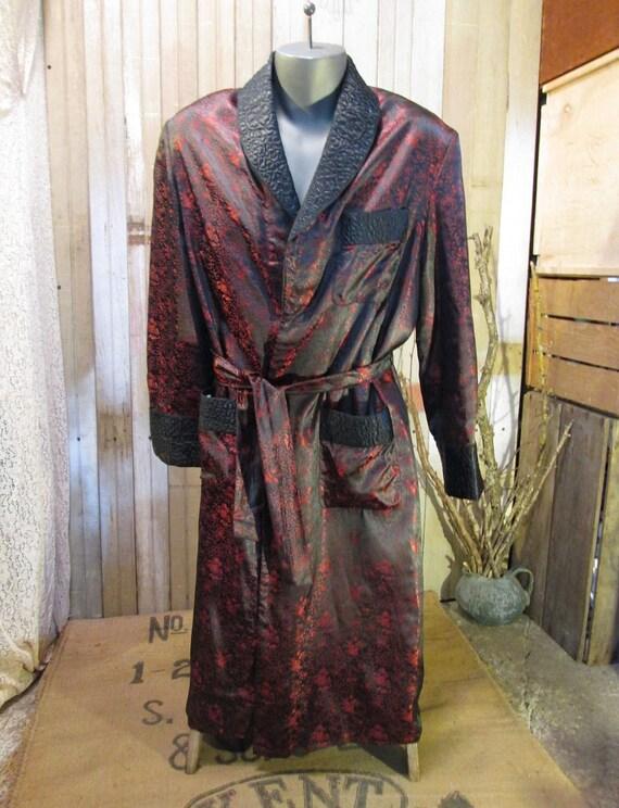 Sharkskin Silk vintage Smoking jacket  red black wrap Robe 1950s  M L