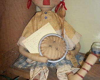 Primitive Annie's Apple pie doll with recipe card, spoon and apple pie in vintage tin