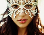 Snowflake leather mask in white - Nutcracker - Frozen