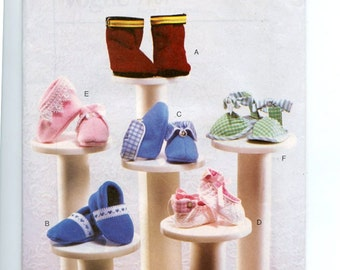 Vogue 7707 Sewing Pattern for Six Styles of Baby Booties or Shoes - UNCUT, OFF Includes Sizes Newborn, Small, Medium