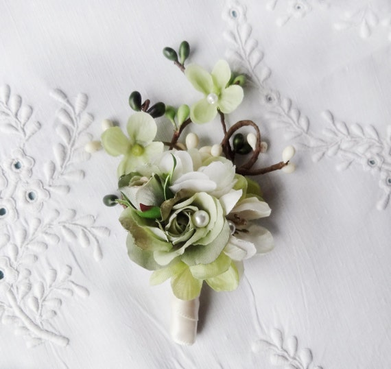 Wedding Flowers Men: Items Similar To Mens Wedding Boutonniere, Ivory Flower