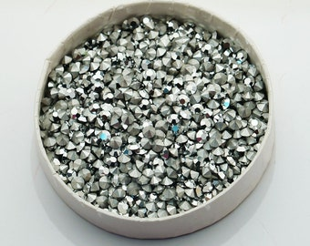 pp33 17ss Comet Argent Light Silver Chatons - Article 1100 First Quality Machine Cut - 30pc