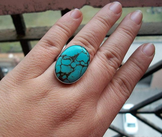 Turquoise ring - Artisan ring - Gemstone ring - Sterling silver ring - Bezel set ring - Oval ring - Bold ring - Gift for her