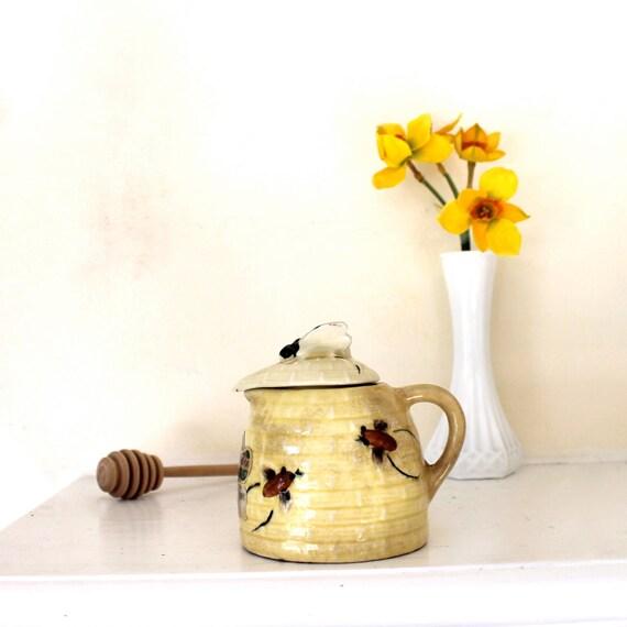 Vintage Honey Pot jar Ceramic bees bee skep theme Kitsch kitchen collectible