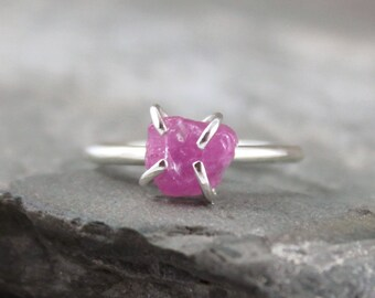 Pink Sapphire Ring -  Raw Uncut Pink Sapphire - Sterling Silver Solitaire  -  Pink Gemstone Ring - Raw Pink Sapphire