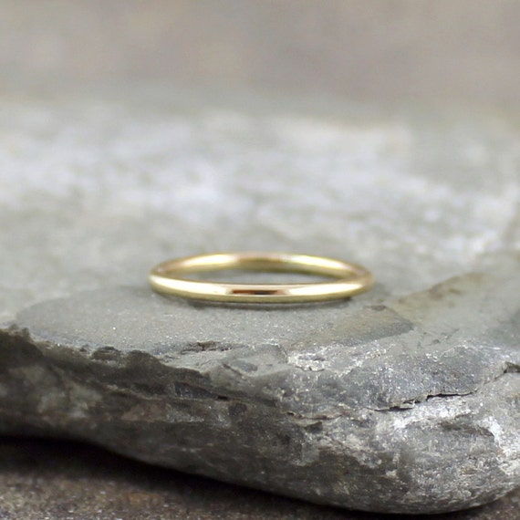 14K Yellow Gold Wedding Band  -  Stacking Ring -  Unisex Bands - Classic Wedding Bands