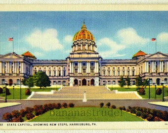 1940s Vintage Linen Postcard of the State Capitol at Day, Harrisburg, Pennsylvania