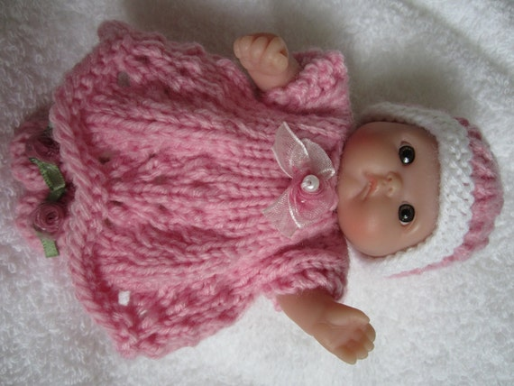 Knitting Patterns For Berenguer Dolls : Knit Baby Doll Clothes Berenguer Scalloped Dress Set for
