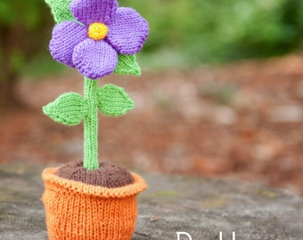 make your own Forever Flower (DIGITAL KNITTING PATTERN) knitted toy gift