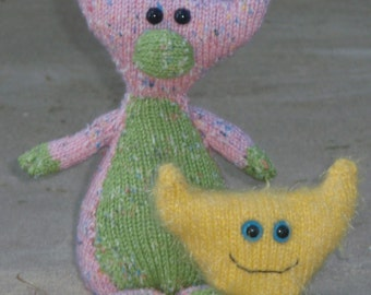 Fred and Murgatroy PDF Knitting Pattern