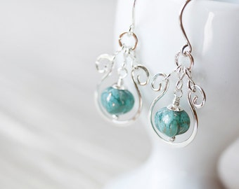 Elegant Shiny Verdigris Green Earrings, hammered silver earrings, turquoise green picasso glass dangle, lightweight earrings