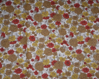 Vintage 1950s Cotton Fabric Autumn Gold and Red Flowers 35 inch selvage