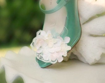 Shoe Clips Ivory Celadon Pink Hydrangeas Pearls & Lace. Spring Easter, Bride Bridal Bridesmaid Couture Statement, Floral Bloom Blossom Bunch