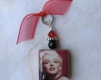 Marilyn Monroe Scrabble Charm Pendant - Red Crystal