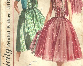 Simplicity 1988 Vintage Fifties Sewing Pattern // Dress Size 12