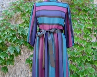 Vintage 80s / New Wave / Blondie / Striped / Secretary / Day Dress / MEDIUM