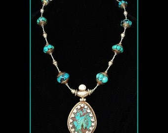 Turquoise and Silver Necklace with Pendant