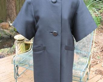 1960s Elbow Length Sleeved Coat