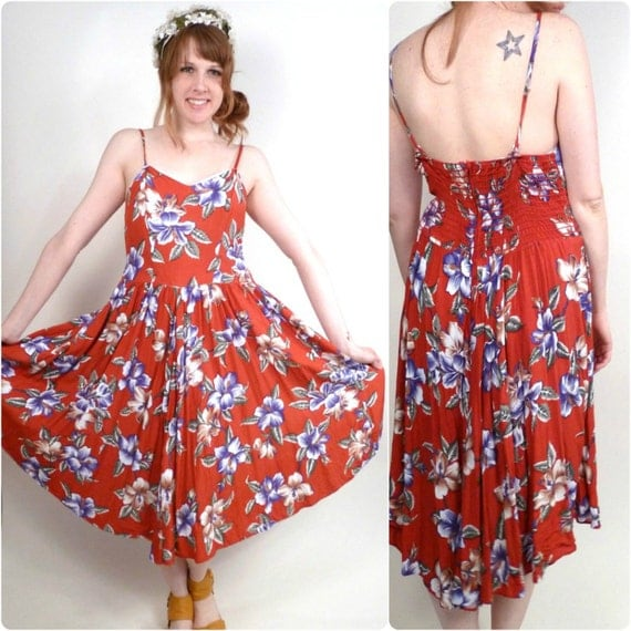 Vintage Red Hawaiian Dress / Red Swing Dress / Malihini Dress / Hibiscus Flower Dress M