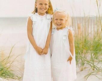 Taylor summer float (Dress On left)