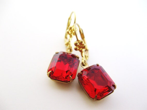 Siam Red jewel earrings - Red Hot Summer Rubies - Vintage Rhinestone Estate Style Earrings