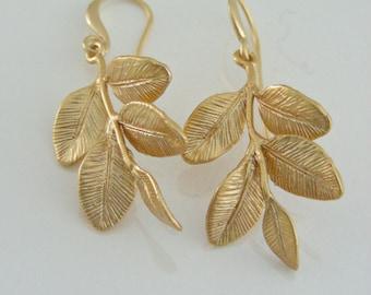Gold Earrings - Leaf Earrings - Nature Jewelry - handmade jewelry