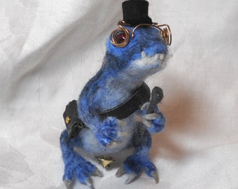 Steampunk Dragon Shoulder Pet: Herr Doktor Blau