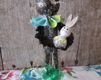 Primitive Folk Art Chocolate Spring Easter Bunny