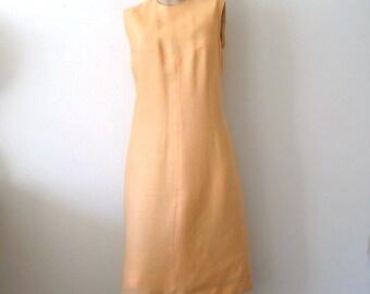 1960s Dress / Mod A-Line Shift / vintage spring fashion