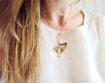 Ginkgo Leaf Necklace, Gold Ginkgo Necklace, Ginkgo Leaf Pendant, Gold Leaf, Nature Jewelry, Leaf Necklace, Pearl Necklace