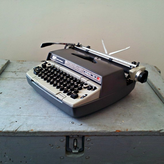 Vintage Portable Typewriter with Suitcase - Electric Smith Corona - Industrial Gray - Electra 120 - Ultra Cool Case