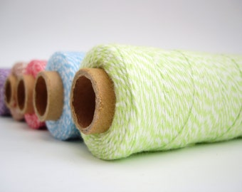 25 yards of Bakers Twine - Green and White - BT04