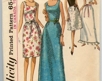 1960s Vintage Sewing Pattern Simplicity 6002 Junior Day or Evening Length A Line Dress Ruffle Hem Bust 31.5